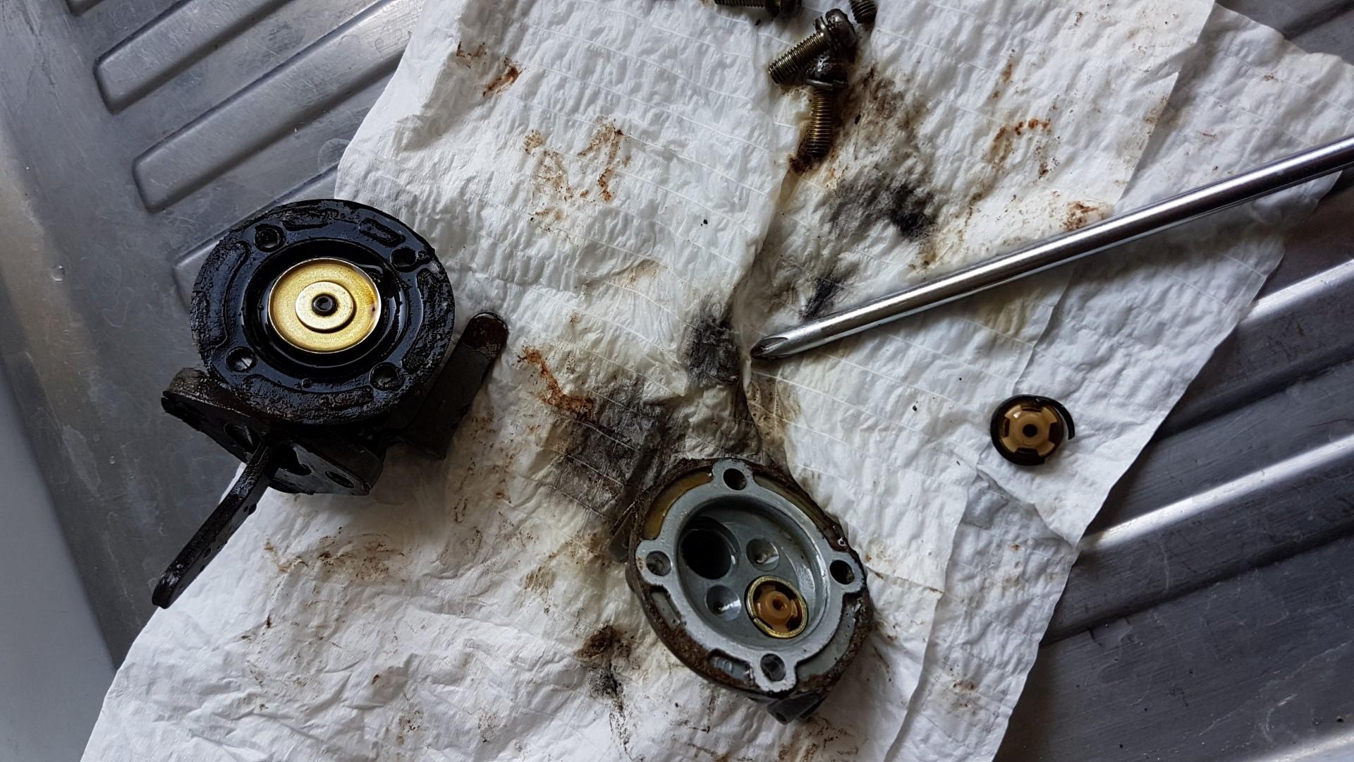 Remplacer la pompe de gavage de Gasoil d'un moteur diesel ...